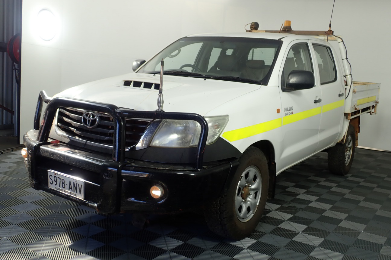 2011 Toyota Hilux SR (4x4) Turbo Diesel Manual Dual Cab