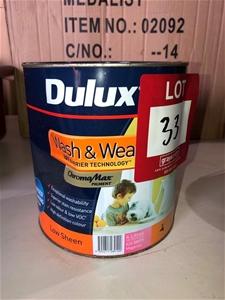 1 x 4ltr Dulux Paint, Magenta 8939-352