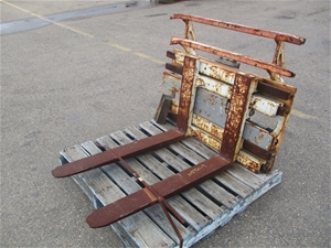 2010 Cascade F4C25 Forklift Attachment