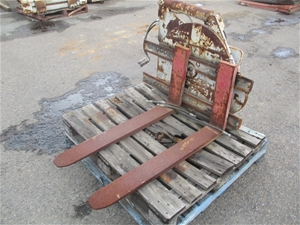 Rotating Forklift Attachment
