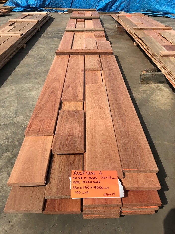 Mixed Reds Decking - 136 x 19 mm (100 LM)
