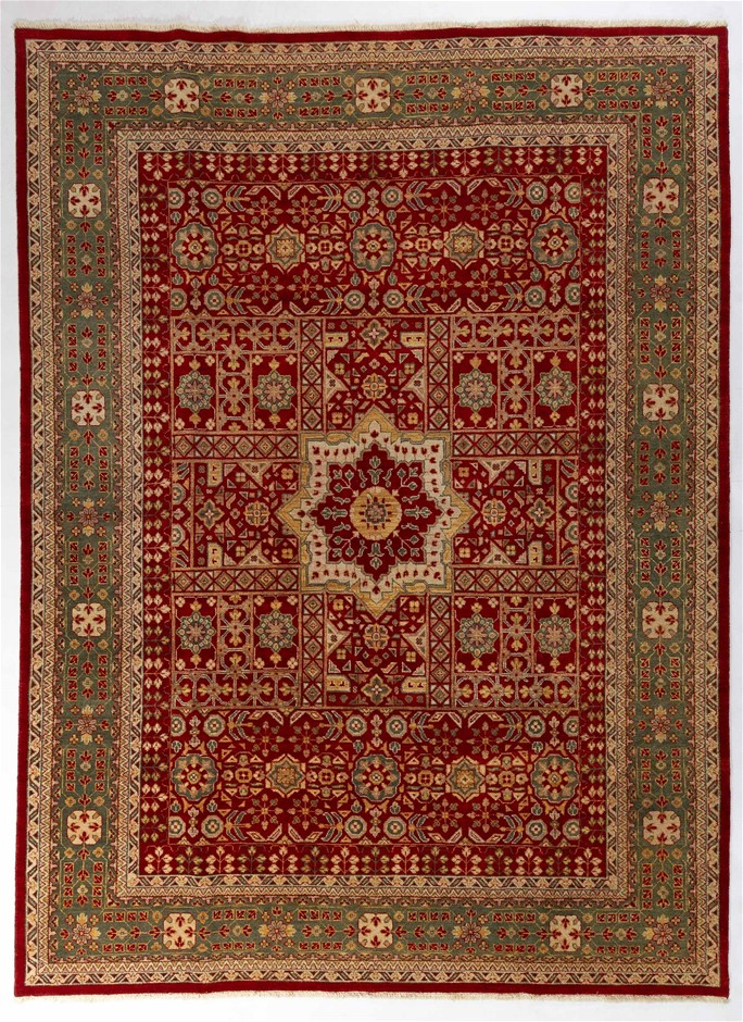 Afghan Hezari Hand Knotted 100% Wool pile Size (cm): 271 x 365