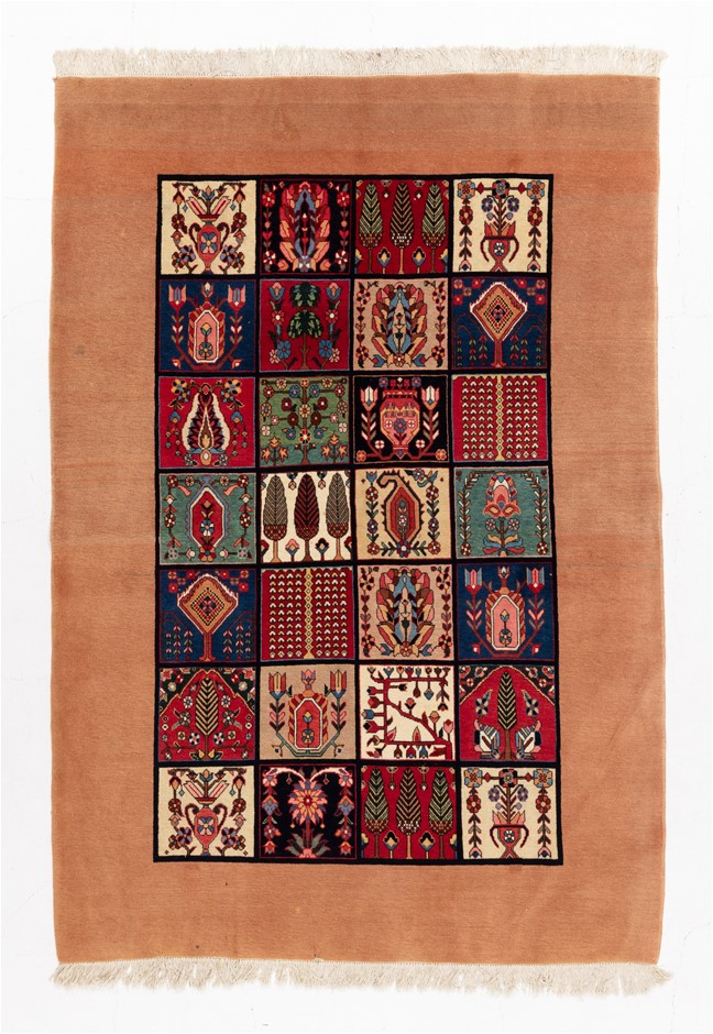 Persian Luri Boft Fine Quality Hand Knotted 100% Wool Size (cm): 153 x 222