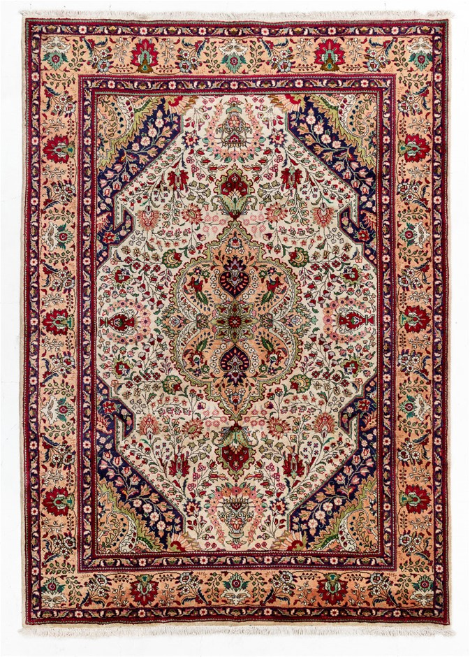 Persian Kashmar Hand Knotted 100% Wool Pile Size (cm): 260 x 350