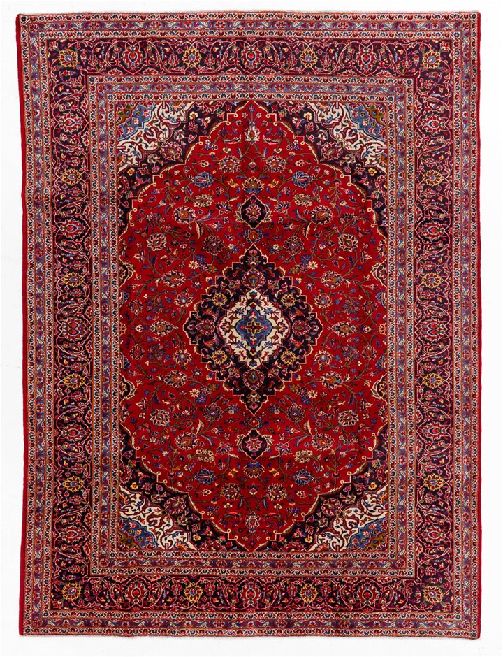 Persian Kashan Hand Knotted 100% Wool Pile Size (cm): 245 x 332