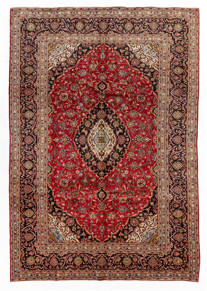 Persian Kashan Hand Knotted 100% Wool Pile Size (cm): 245 x 350