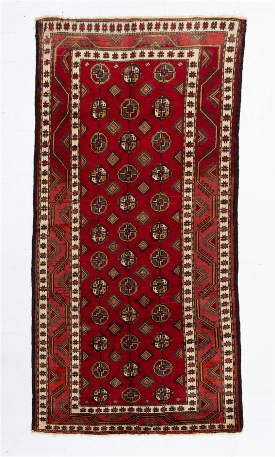 Persian Hamadan Hand Knotted 100% Wool pile Size (cm): 120 x 243