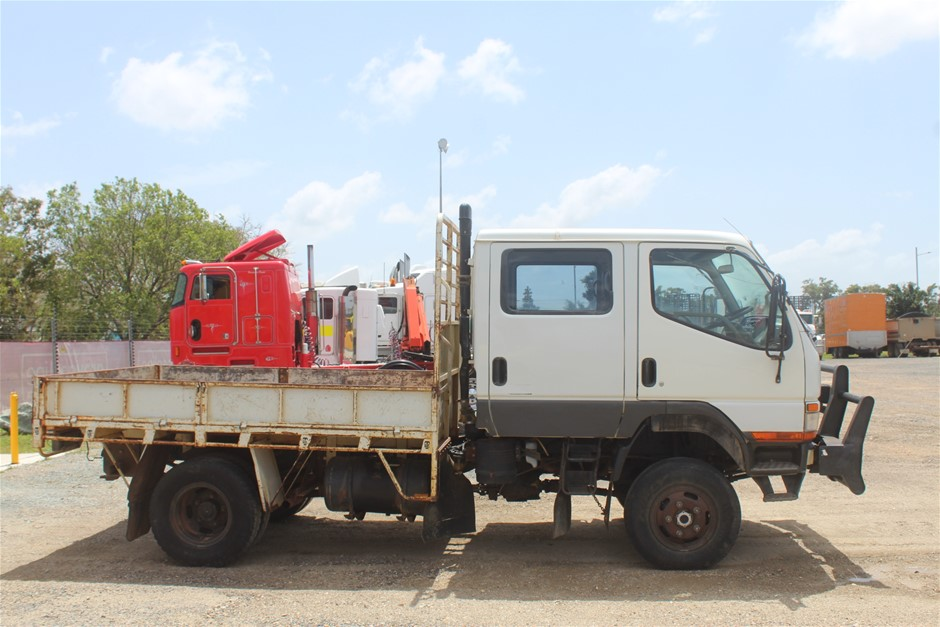 2006 Mitsubishi Canter 4 x 4 Tray Body Truck