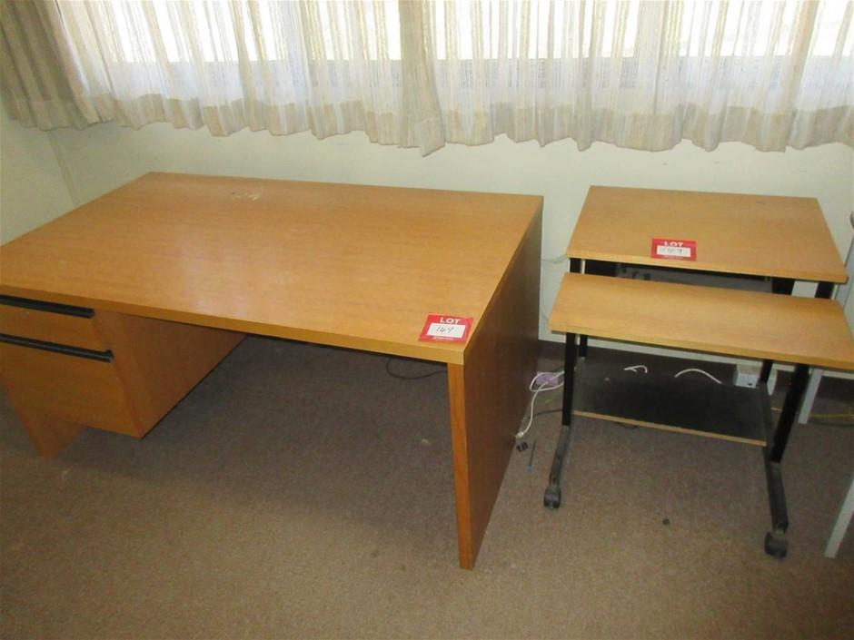 Office Desk 1500 x 850