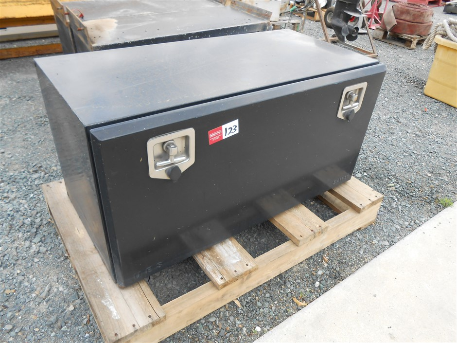 1 x Unused Bastone Portable Folding Warehouse