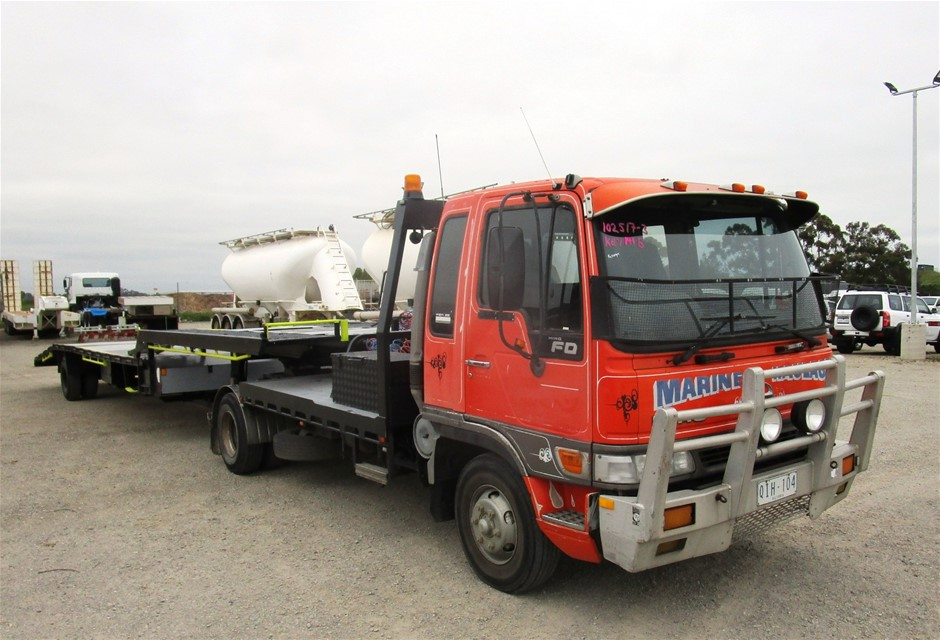 2000 Hino FD 4 x 2 Prime Mover 3 Car Carrier Truck