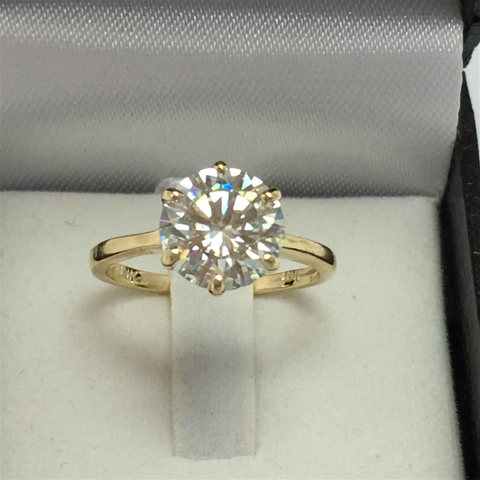 18ct Yellow Gold, 2.51ct Moissanite Ring
