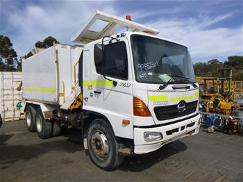 2006 Hino FMIJ 6x4 Water Truck