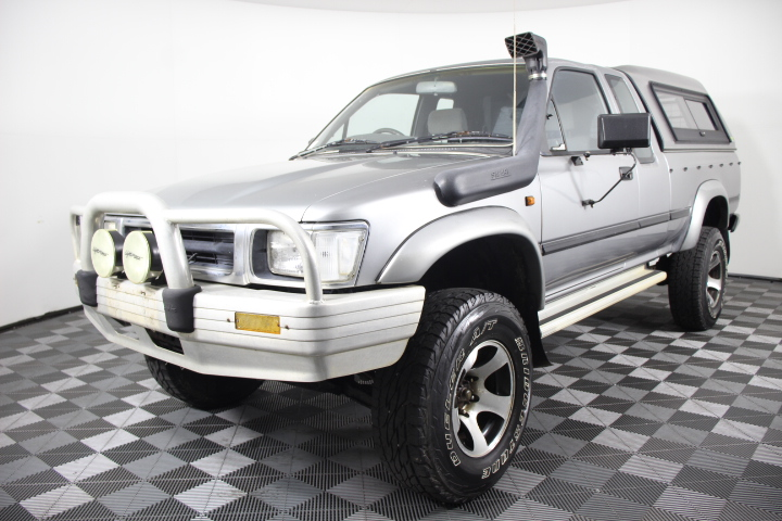 1993 Toyota Hilux 2.8 Diesel Ute ( Service History )