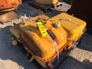 Caterpillar Hydraulic Tank Open Inspecte