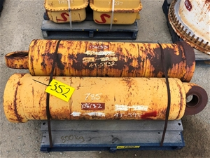 Caterpillar 785 Cylinder P/N 4t5932 Used