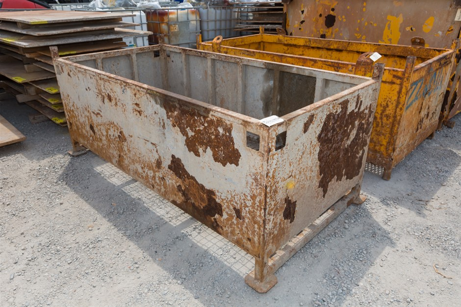 1x Stillage Mild Steel Construction with Mesh base Approx. Leng