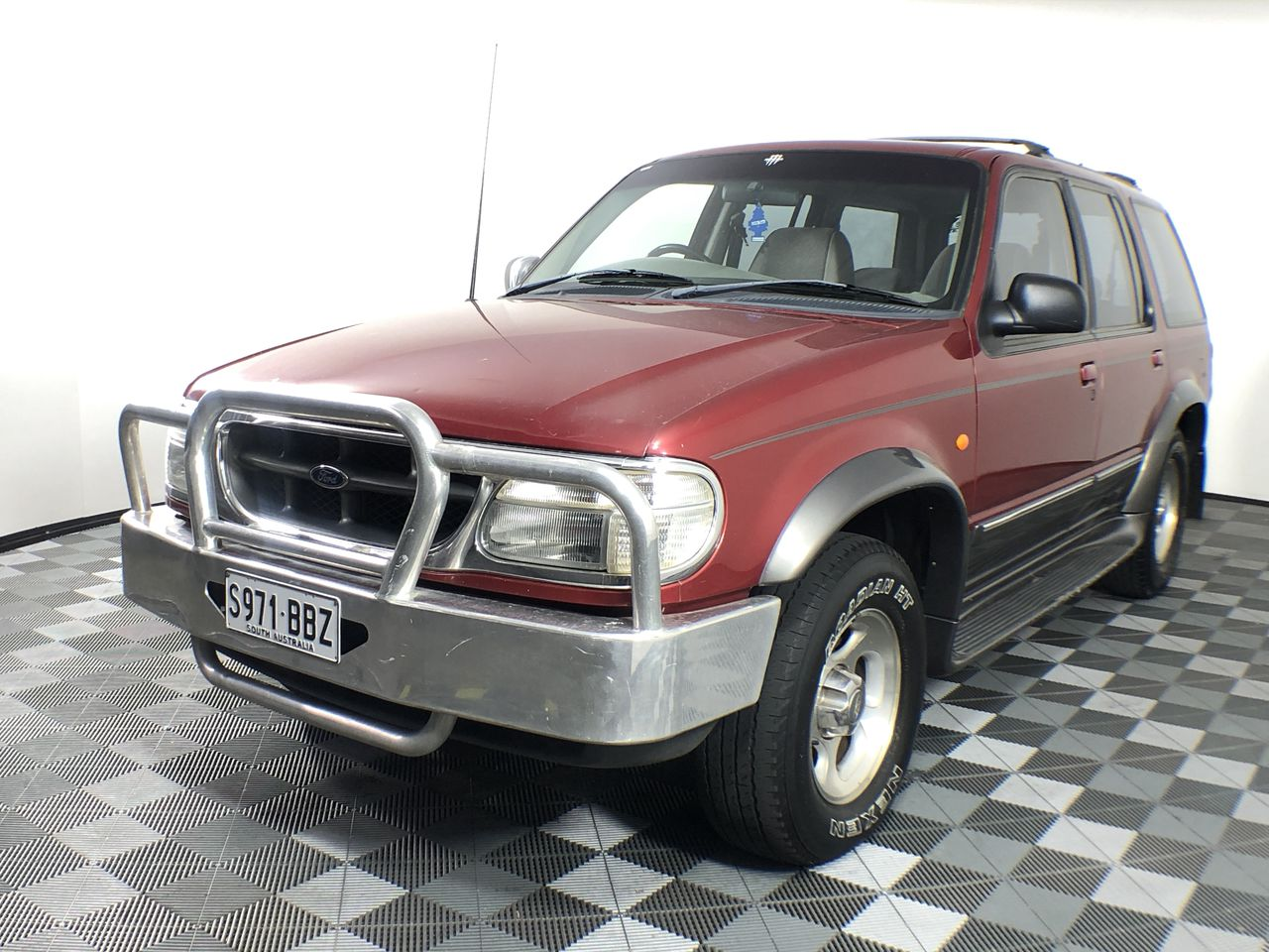 1998 Ford Explorer XLT (4x4) UP Automatic Wagon
