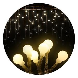 Jingle Jollys 300 LED Curtain Lights - W