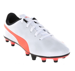 PUMA Soccer Boot, UK Size 8. Buyers Note