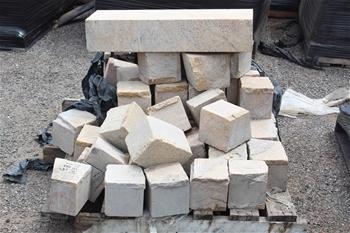 Cobble Stones & Concrete Slabs