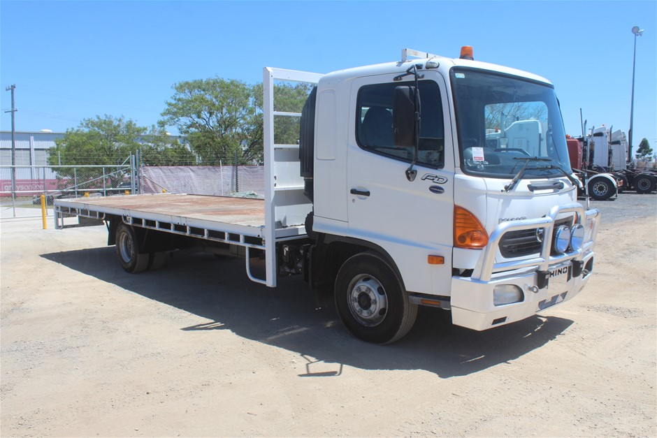 2007 Hino FD Turbo Diesel 6 Speed Manual Tray Body Truck