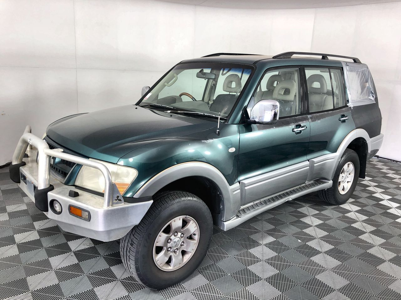 2003 Mitsubishi Pajero Exceed LWB (4x4) NP Automatic 7 Seats Wagon