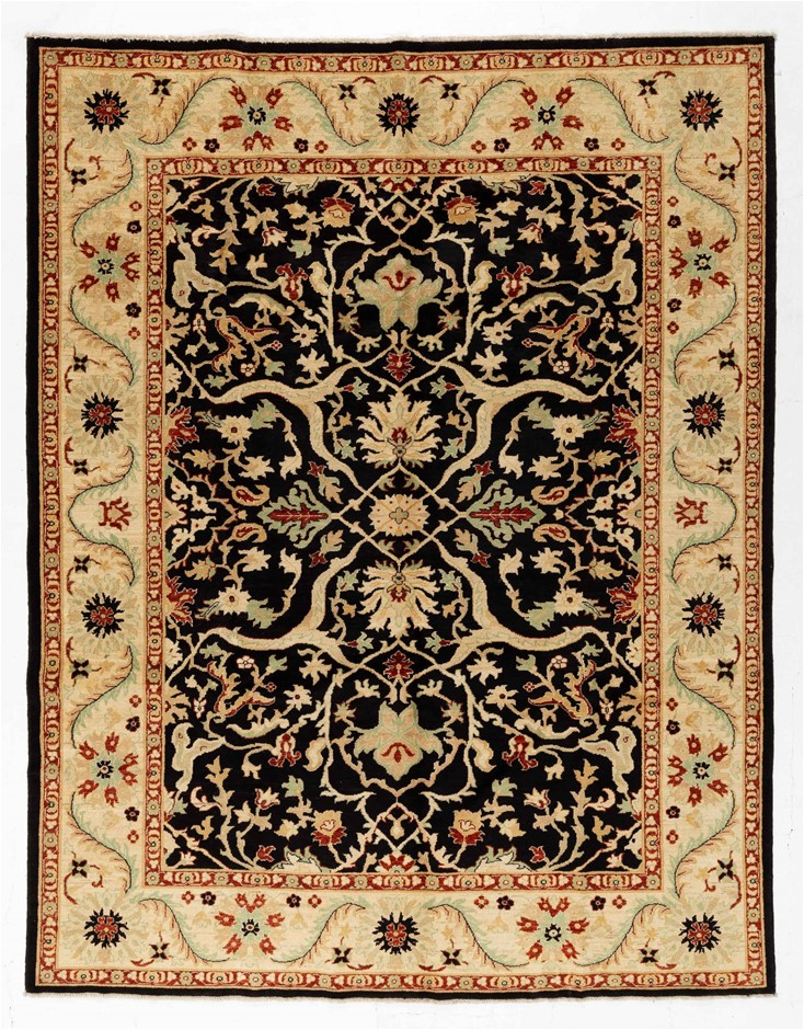 Afghan Hezari Hand Knotted Pure Wool Pile Size (cm): 245 x 313