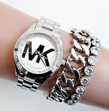 New Michael Kors 'Runway' signature MK ladies luxury watch.