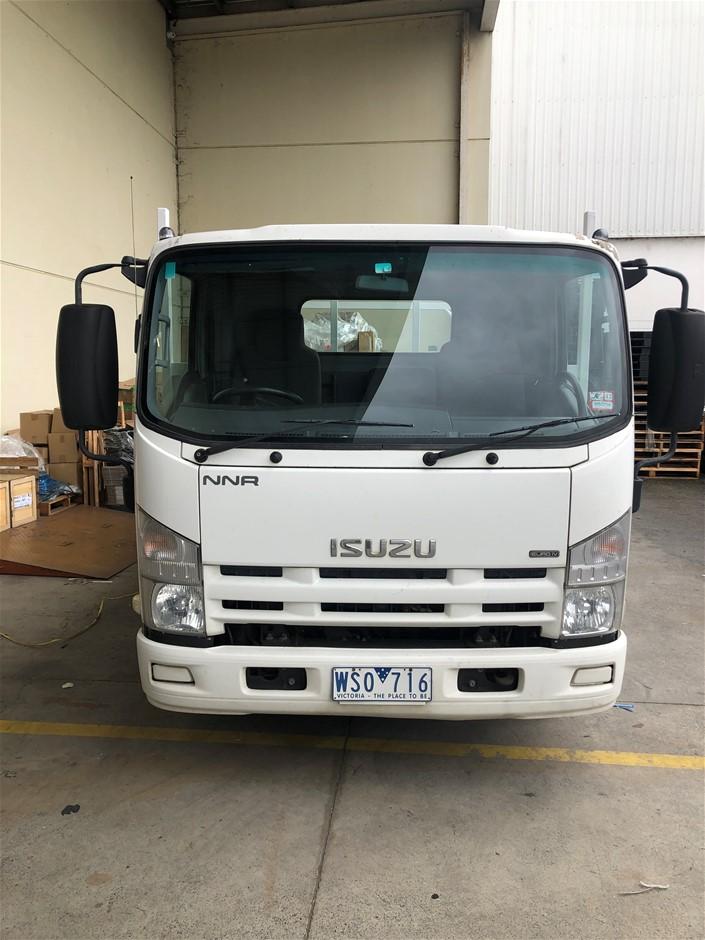 2008 Isuzu Tray 4 x 2 Tray Body Truck