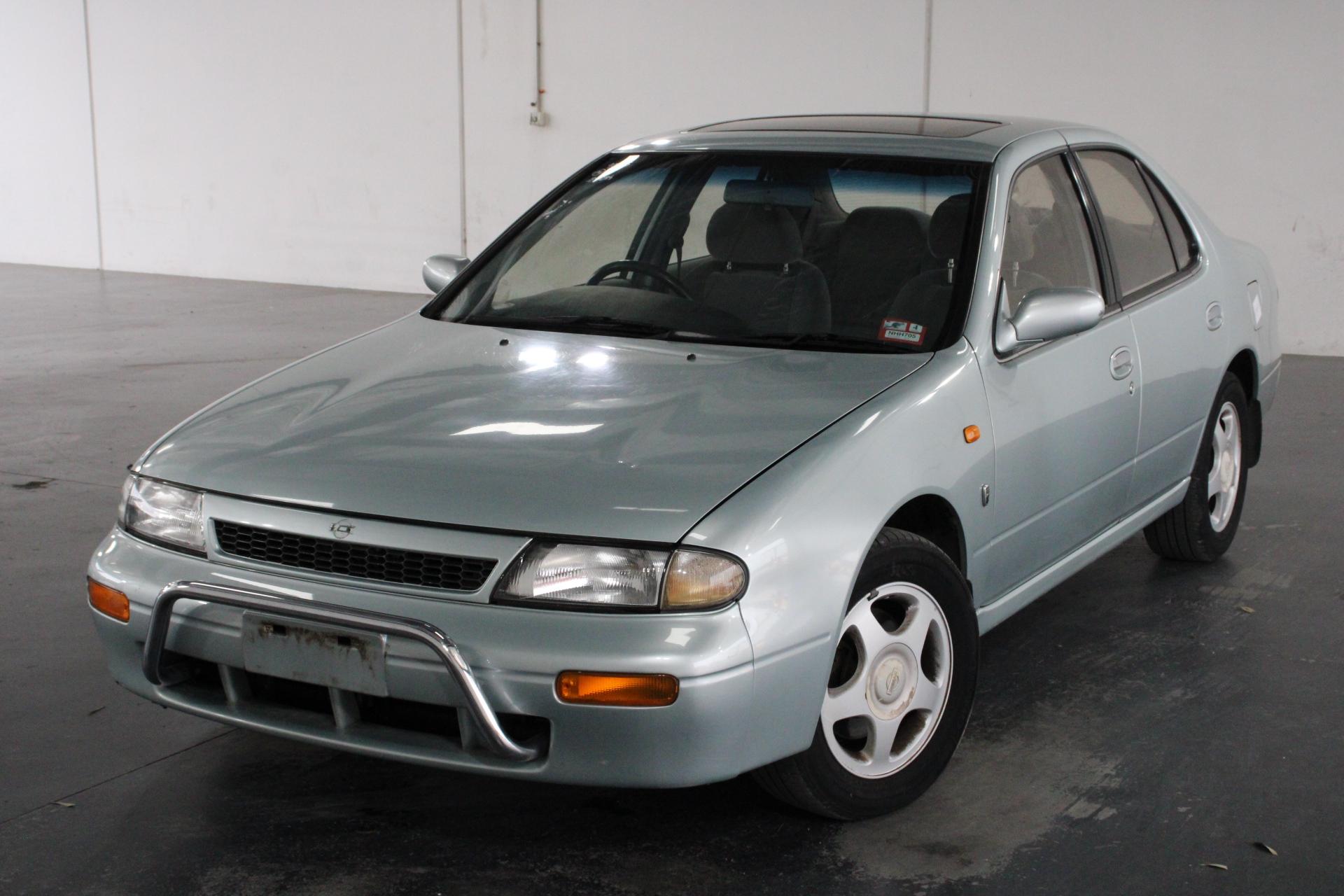 1993 Nissan BLUEBIRD TI U13 Automatic Sedan