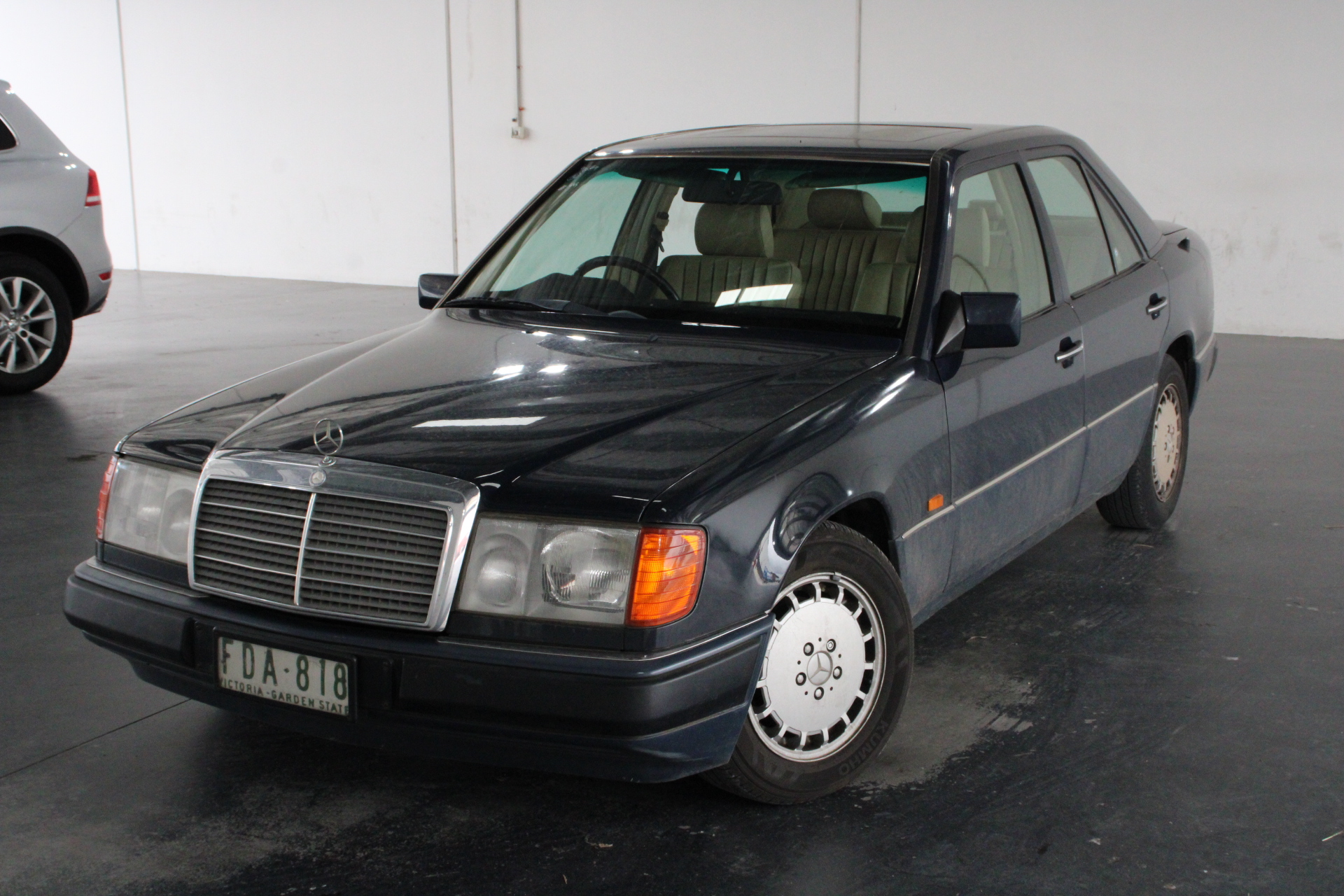 1992 Mercedes Benz 300E Automatic Sedan