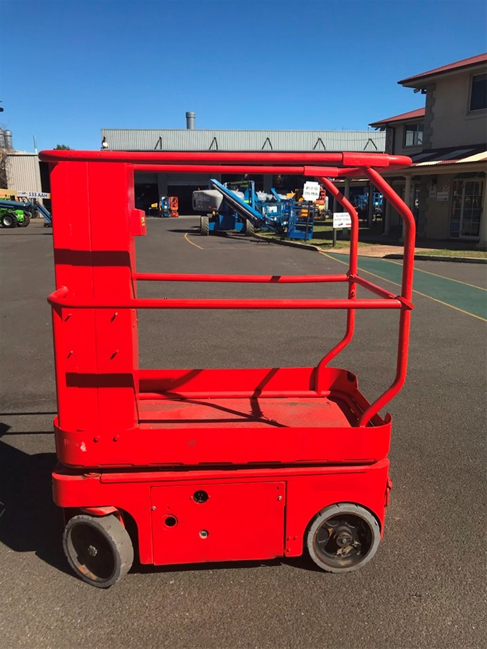 Snorkel TM12 12ft Electric Manlift
