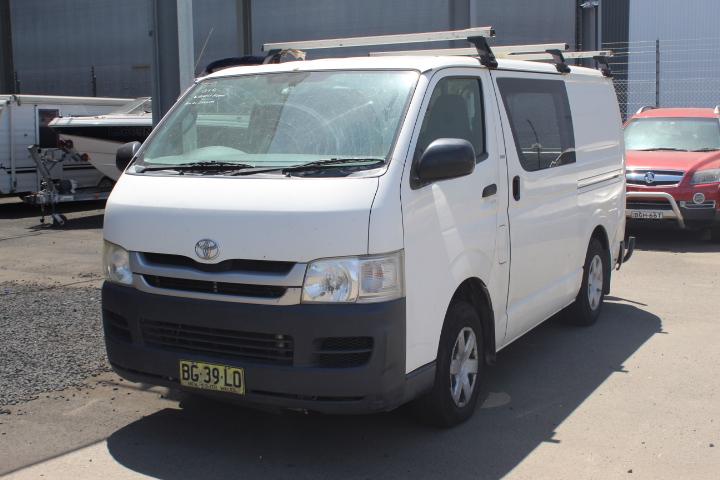 Toyota Hiace Automatic Van