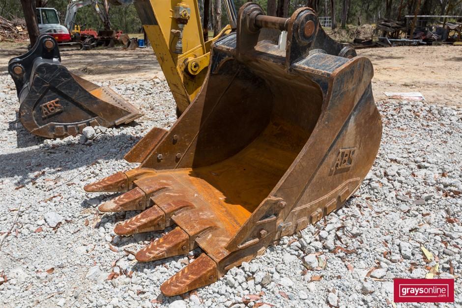 Excavator Digging Bucket
