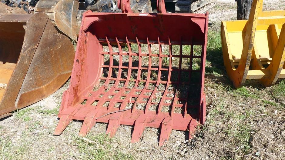 Excavator Toothed Sorting Bucket