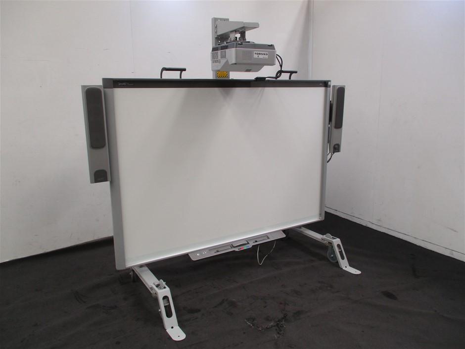 DViT Smart Board with Projector