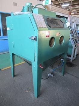 Clemco ACDFM 3048 Sand Blasting Cabinet