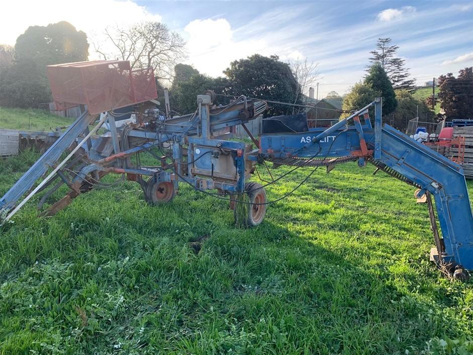 Asalift Carrot Harvester Machine (Uraidla, SA)
