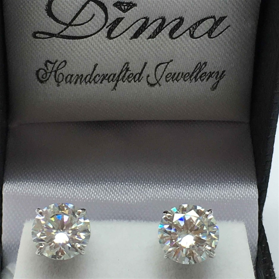 9ct White Gold, 2.96ct Moissanite Earring