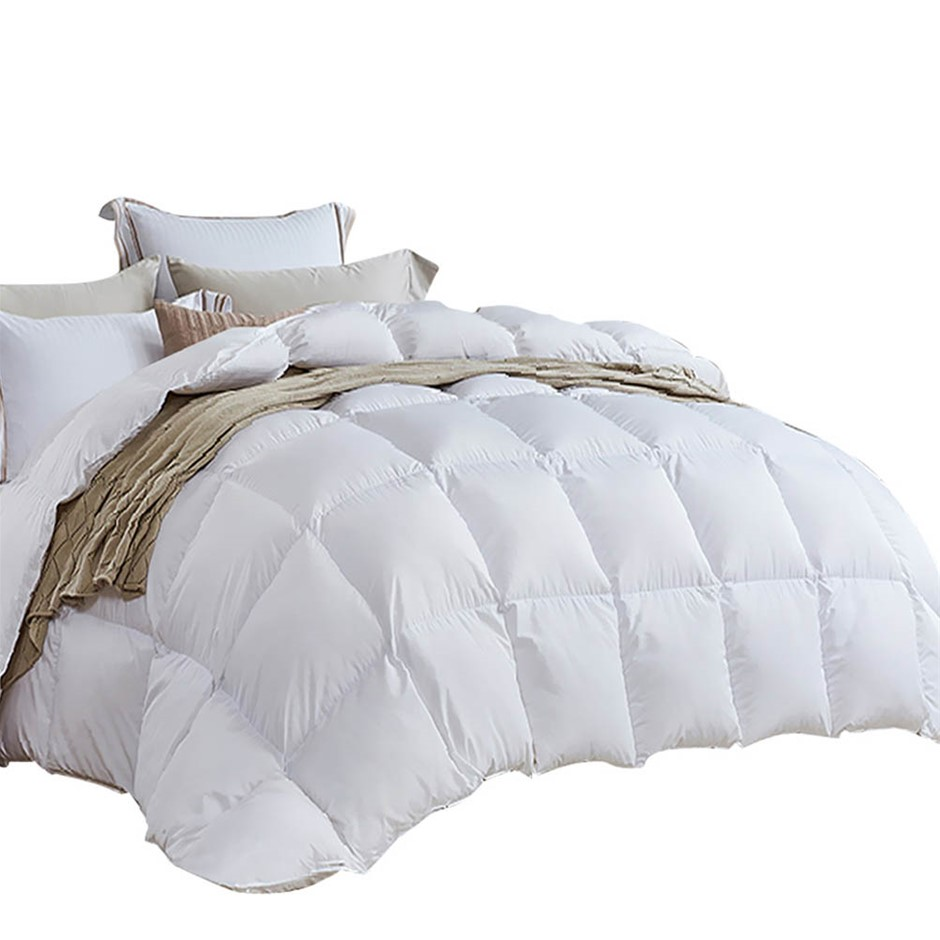 Giselle Bedding King Size Light Weight Duck Down Quilt