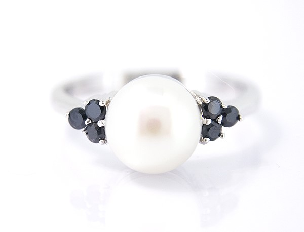White Pearl And Black Cubic Zirconia Sterling Silver Ring