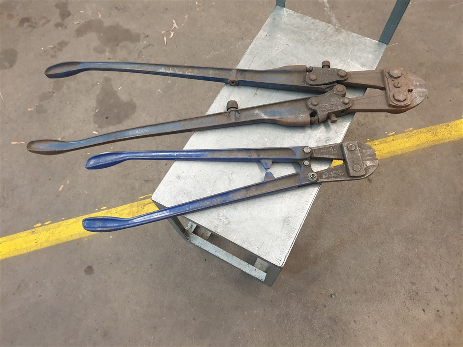 2 Sets of Bolt Cutters