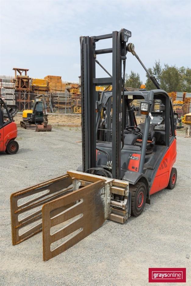 2008 2.5 Tonne Linde H25T 4 Wheel Counter Balance Forklift