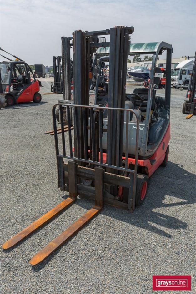 2008 1.8 Tonne Linde H18T-03 4 Wheel Counter Balance Forklift
