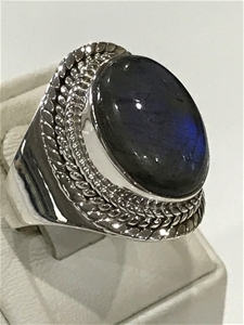 Impressive Handcrafted Labradorite Ring.