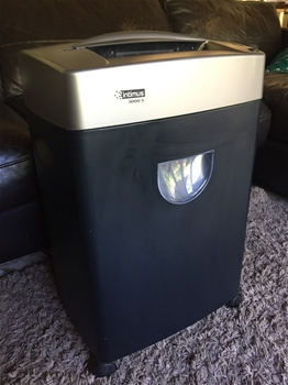 Intimus 3000S Office Paper Shredder