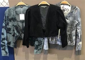A quantity of 3 Women's Jackets (Pooraka
