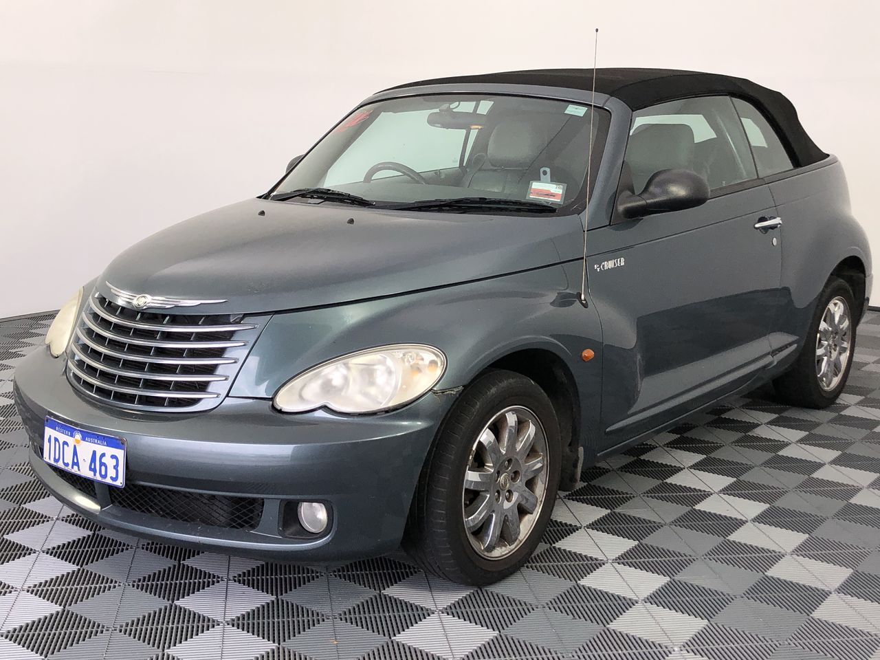 2006 Chrysler PT Cruiser Limited Automatic Convertible