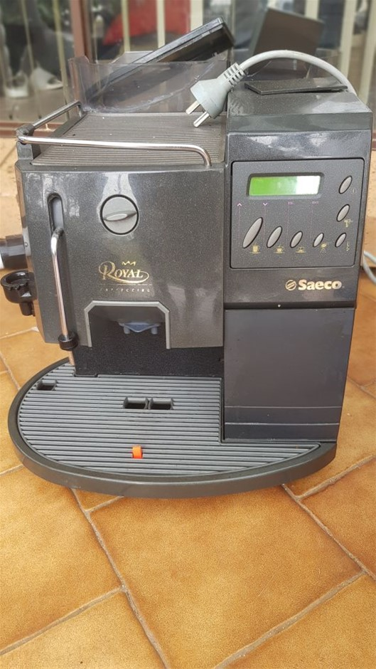 Saeco Automatic Coffee Machine with Bean Grinder milk frother, condition un